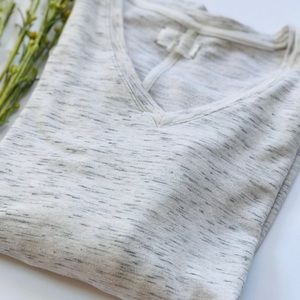 LOU & GREY Light Gray Marled Top
